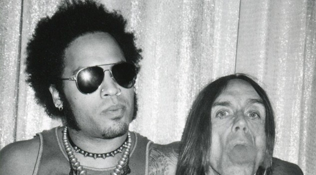 Lenny Kravitz e Iggy Pop Vhi Awards NY 1998 -  Copyright Roxanne Lowit, courtesy Steven Kasher Gallery, New York/ Aria Art Gallery, Florence.