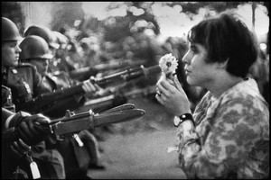 Magnum Manifesto USA. Washington DC. 1967. An American young girl, Jan Rose KASMIR, confronts the American National Guard outside the Pentagon during the 1967 anti-Vietnam march. This march helped to turn public opinion against the US war in Vietnam. (ANSA)