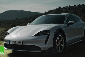 Porsche Taycan Cross Turismo –Electric crossover (ANSA)