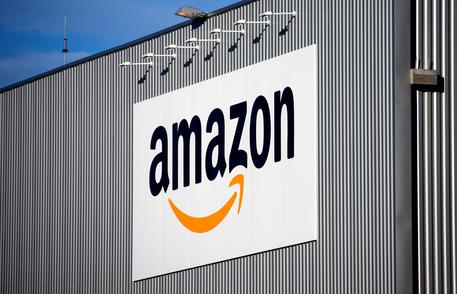 Amazon brevetta specchio 'smart', per camerino 2.0 © AP